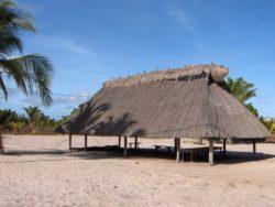 Carbet traditionnel Amérindien Kali'na - Awala-Yalimapo - Parc naturel régional de la Guyane